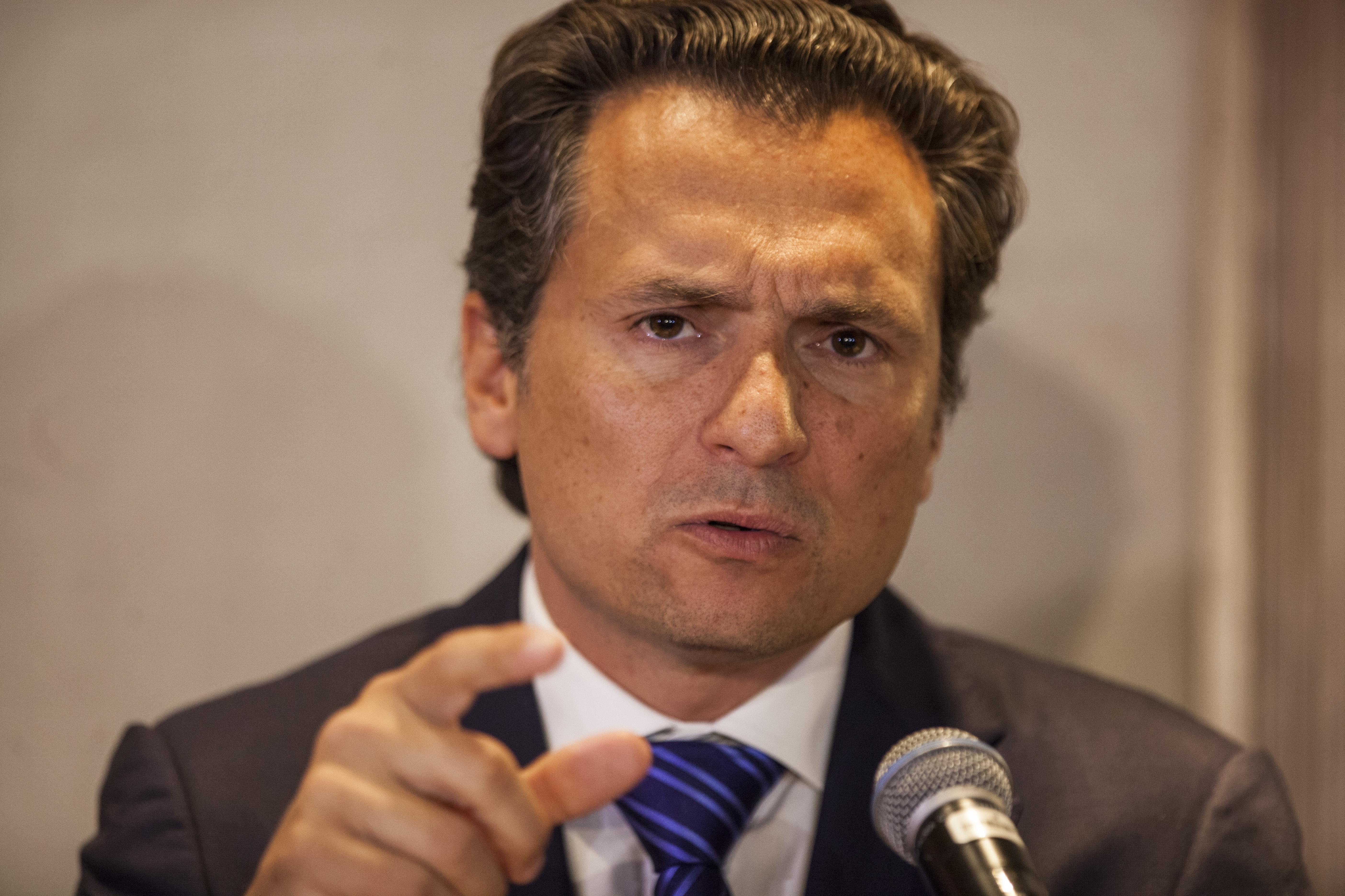 Ofrece conferencia el ex director de Pemex, Emilio Lozoya Austin