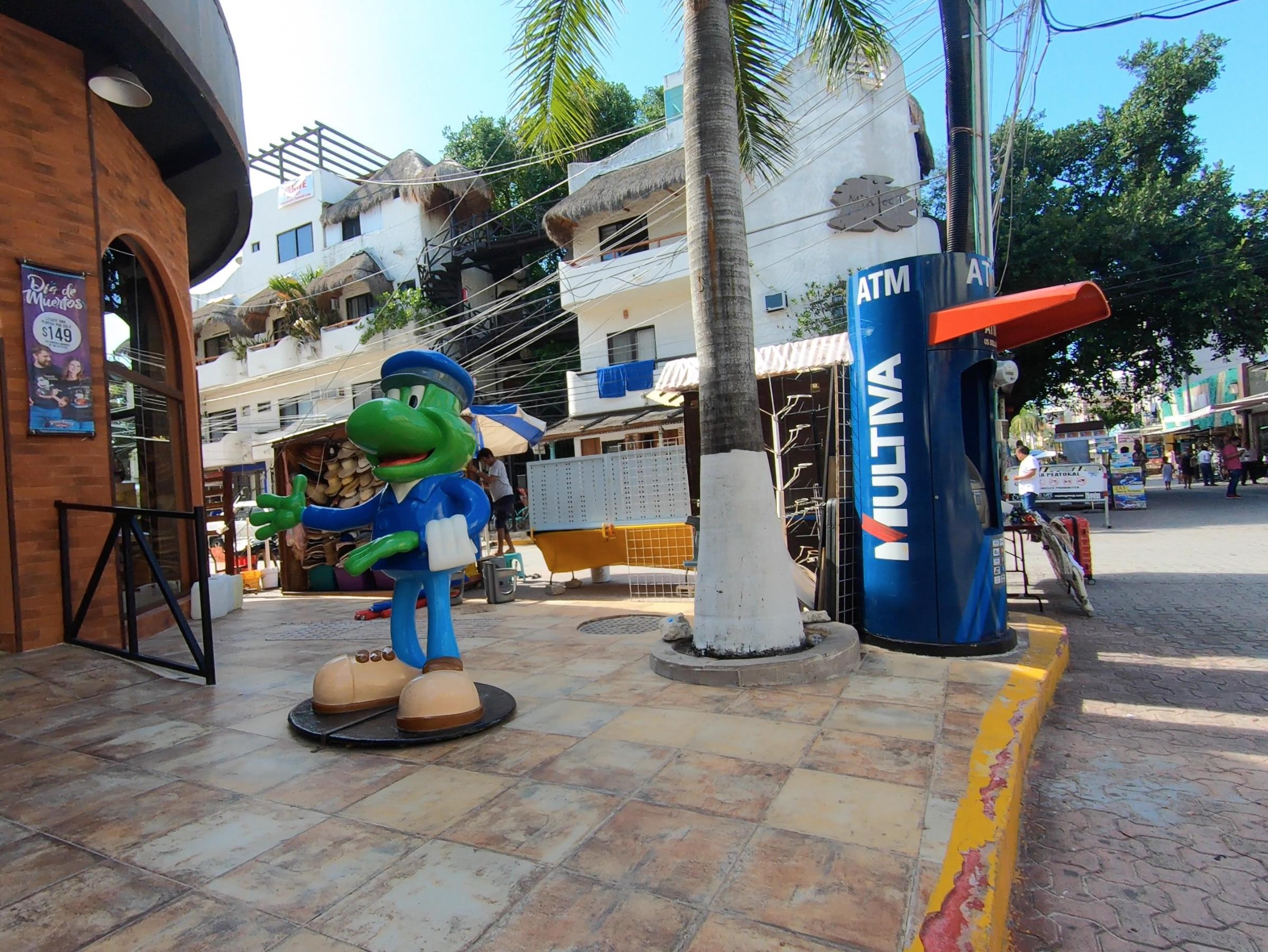 MULTIVA ATM – Playa del Carmen 15 (Crédito_ OCCRP)